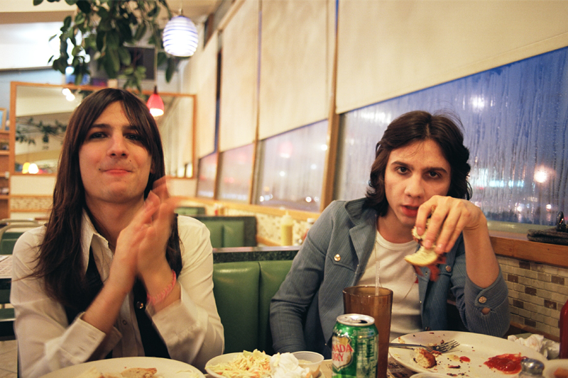 The Lemon Twigs - Release New Songs, 'Foolin' Around' & 'Tailor Made' + Arctic Monkeys' Support Tour